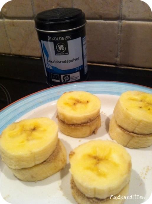 flødeis med banana split smag
