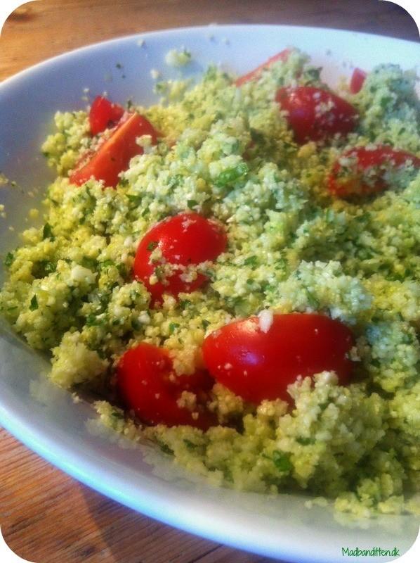 Couscous-salat af kål + en grøn pandekage til morgen