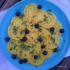 Gule beder med mynte og blåbær
