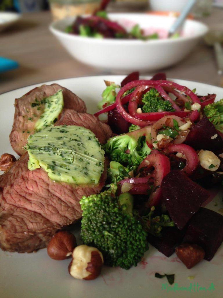 Kalv med kryddersmør og broccolisalat