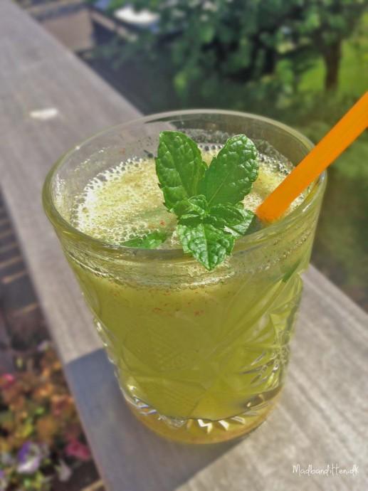 æblejuice med mynte og ingefær