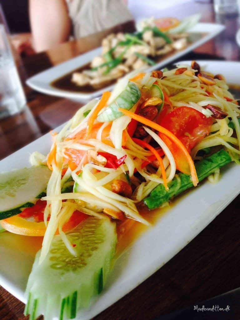 Green papaya salad, Salad Hut