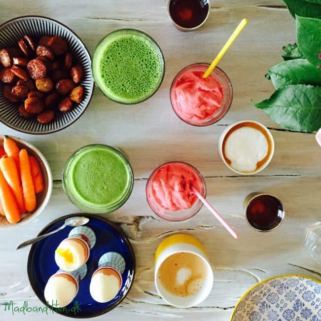 Smoothies og greenies på morgenbordet --> madbanditten.dk