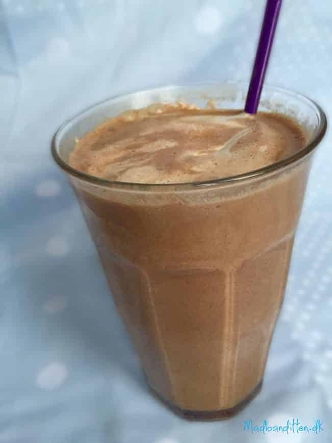 Lækker, cremet varm kakao - low carb, LCHF og sukkerfri --> madbanditten.dk