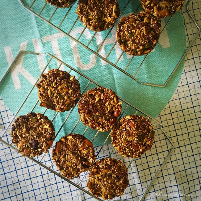 Paleo seed & nut bread rolls with chocolate --> MyCopenhagenKitchen.com
