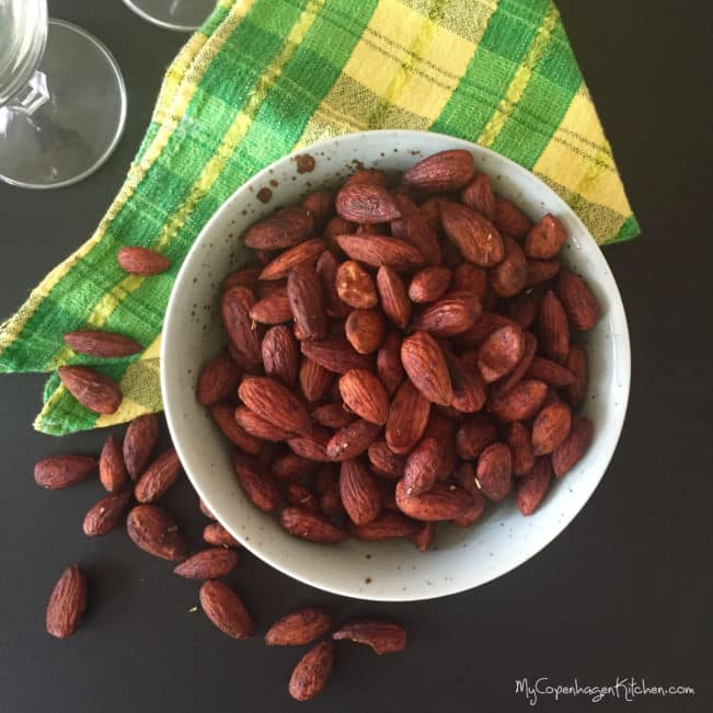 The best recipe for tamari roasted almonds --> MyCopenhagenKitchen.com