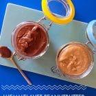 Hjemmelavet peanutbutter - også i kakaoversion -- nem opskrift her --> Madbanditten.dk