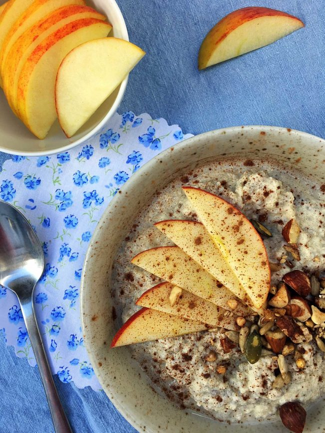 Warm almond-chia-porridge - the perfect low carb replacement for your morning bowl of oatmeal! Recipe here: MyCopenhagenKitchen.com