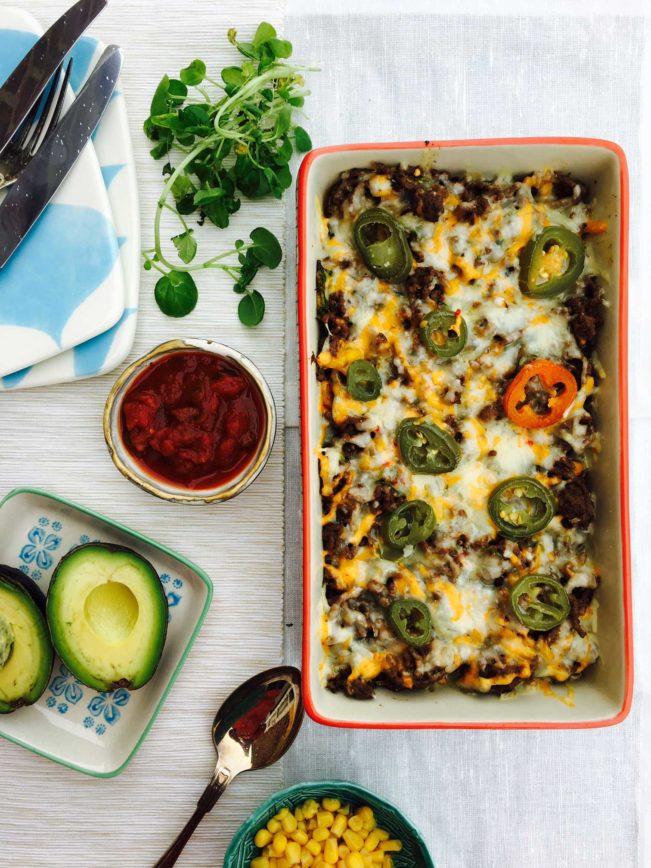Lækker low carb mexicansk tacofad til aftensmad. Se den ultranemme opskrift her: Madbanditten.dk