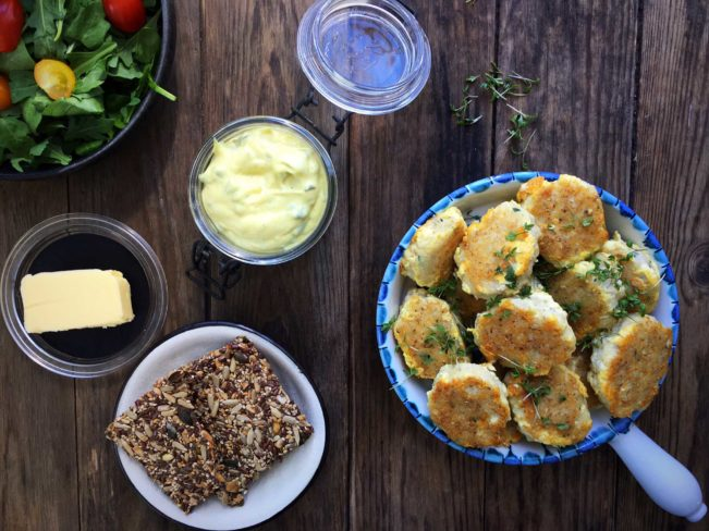 Homemade gluten free and low carb fish cakes with a delicious remoulade dipping sauce. Divine low carb meal. Check out recipe here: MyCopenhagenKitchen.com