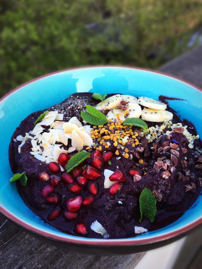 Açai Bowl - upgraded version with hidden veggies. Even healthier now! Recipe here: MyCopenhagenKitchen.com