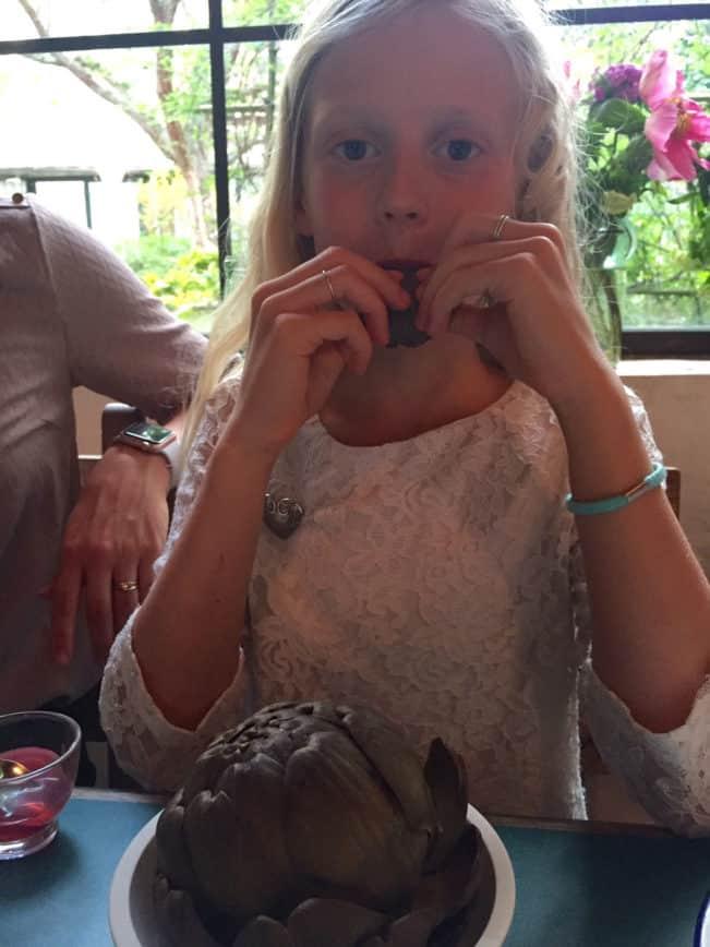 Børn kan da ikke lide artiskokker!! (jo, de kan). Læs om, hvordan du gør børn mere mad-modige her: Madbanditten.dk