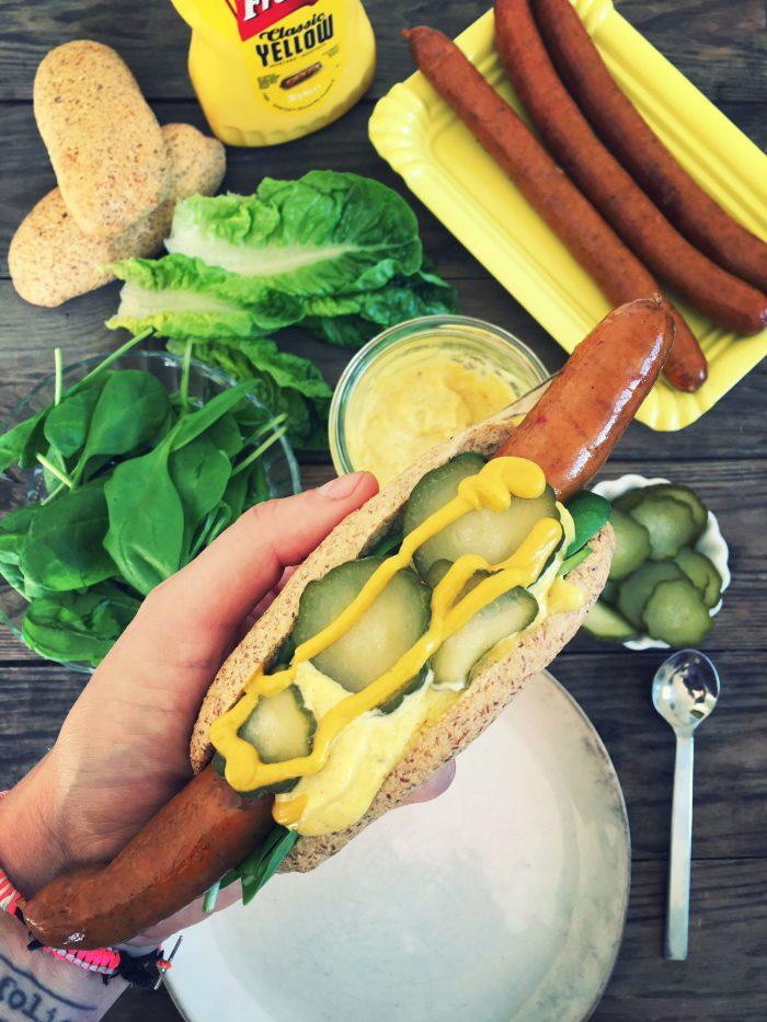 LCHF pølsebrød til low carb hotdogs. Nem opskrift her: Madbanditten.dk
