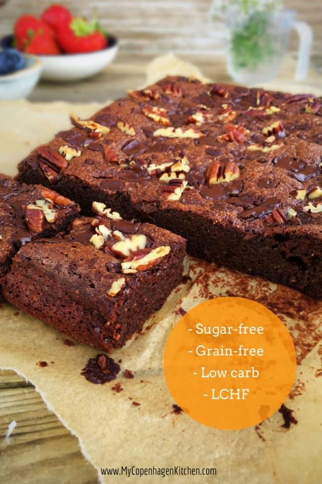The perfect brownie - with chia seeds. Gluten-free, refined sugar-free and low carb. Recipe here: MyCopenhagenKitchen.com