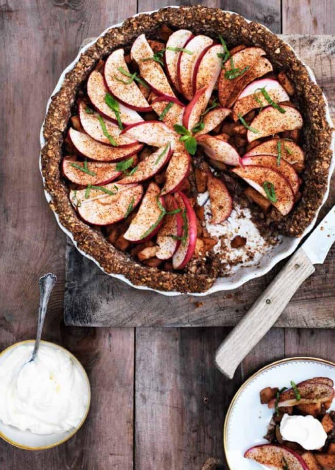 Æbletærte på nøddebund - glutenfri opskrift