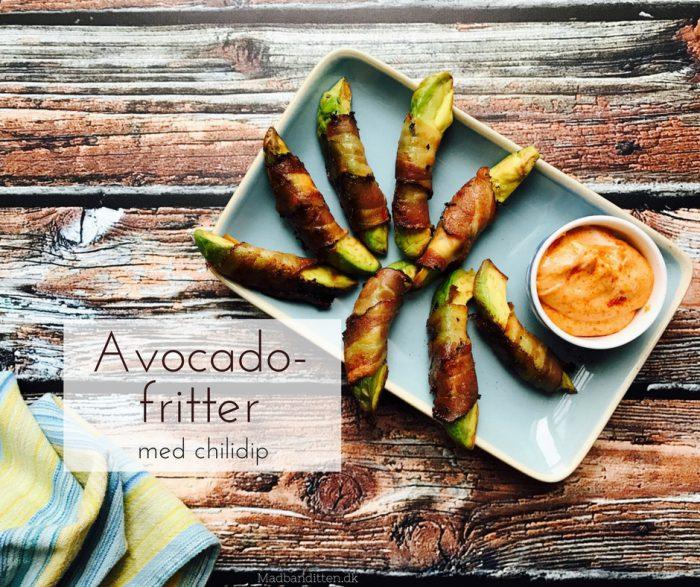 Avocado-fritter med bacon og chili-dip