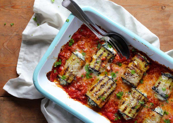 Aubergineruller med ricotta og parmesan