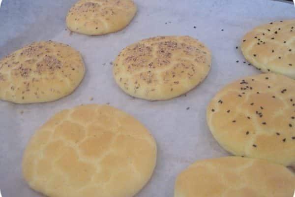 Oopsies - cloud bread - de første og de originale LCHF brød. Prøv den gode gamle opskrift her: