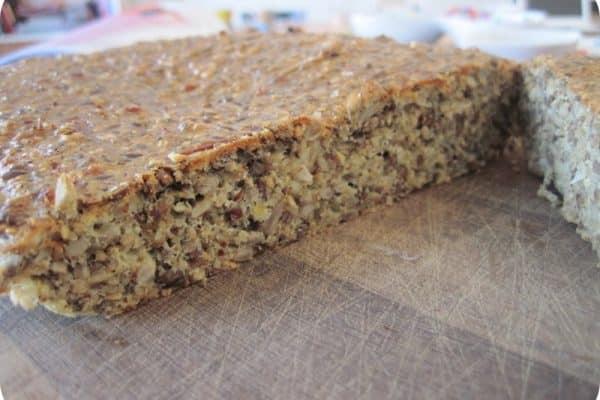 LCHF-brød - opskrift på lækkert og sundt LCHF-brød uden mel