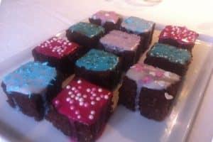 Choko-karamelkage uden gluten, mælk og tilsat sukker