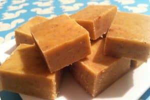 Lækker opskrift på LCHF-fudge - uden sukker!