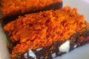 raw brownie med gojibær