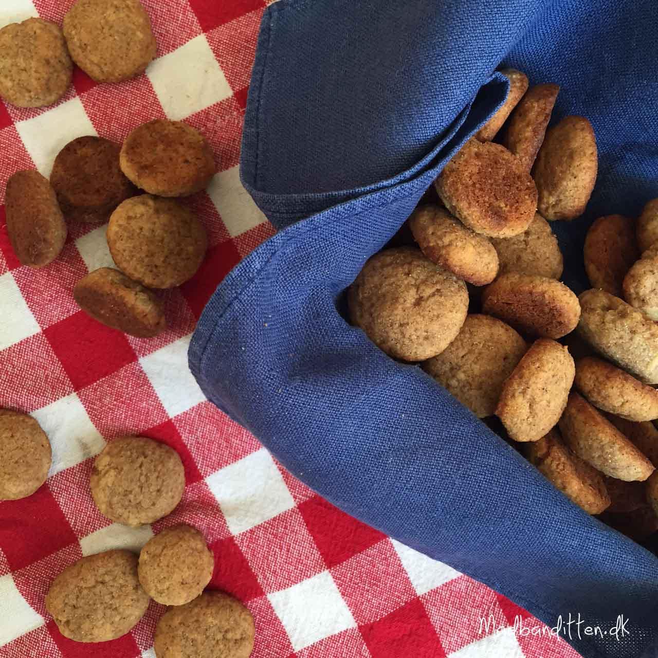 LCHF-juleopskrifter: Pebernødder uden mel og sukker