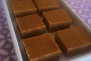LCHF-fudge med peanutbutter