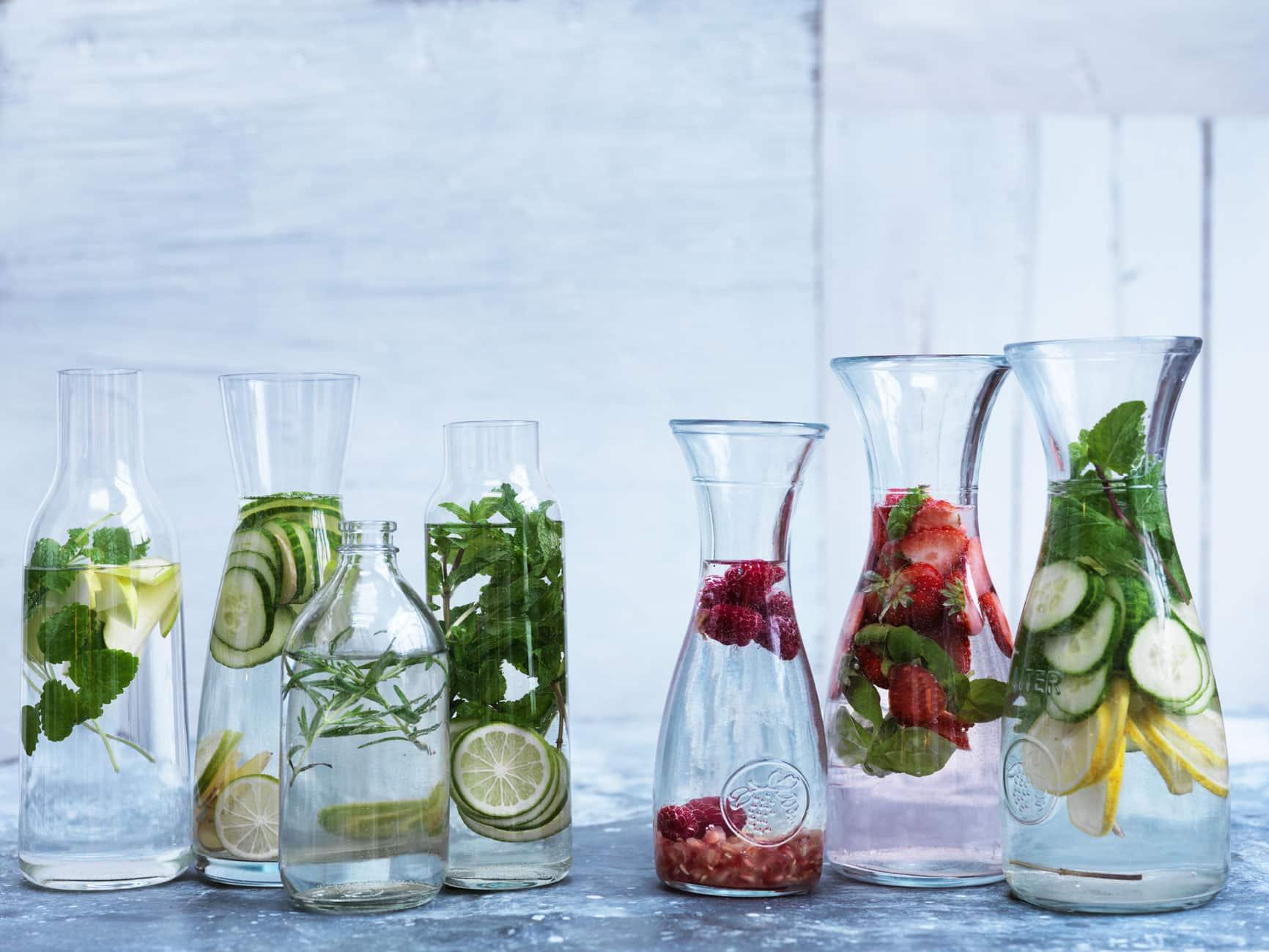 Vitaminvand - hjemmelavede infused waters. Drik mere vand med disse lækre forslag
