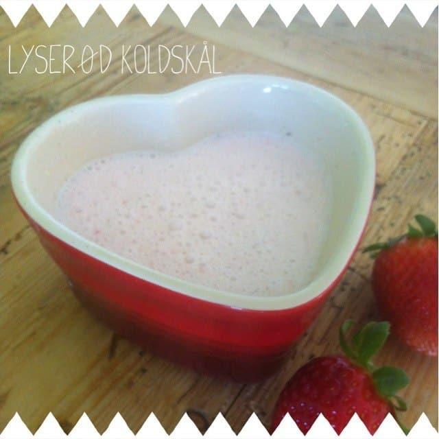 Laktosefri koldskål med jordbær - mælkefri opskrift