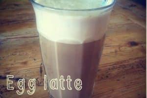 Æg-latte - kaffe latte uden mælkeprodukt