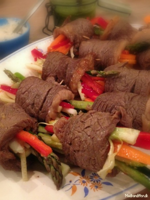 Kødruller med spicy grønt LCHF
