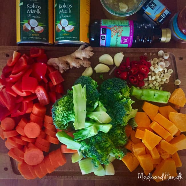 Tøm-køleskabet-grøntsagssuppe med smag af Thailand --> madbanditten.dk