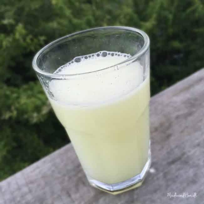 Helt sukkerfri limonade med citron og ingefær - kun for de hardcore! --> Madbanditten.dk
