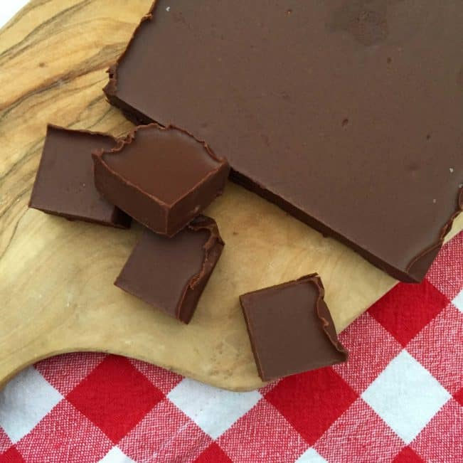 Homemade nougat - recipe without sugar or with low sugar. And even better than the real thing --> MyCopenhagenKitchen.com