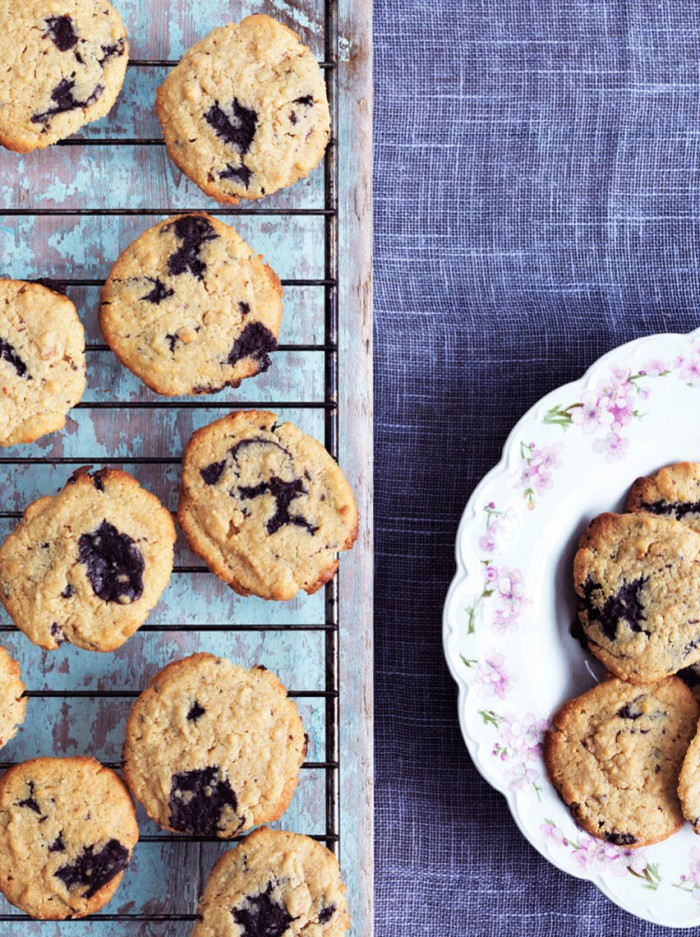 Peanutbutter cookies med chokolade - lækker LCHF opskrift --> Madbanditten.dk