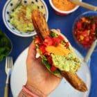 Mexicanske hotdogs med guacamole og tomatsalsa - glutenfrie, low carb og LCHF - opskrift her:
