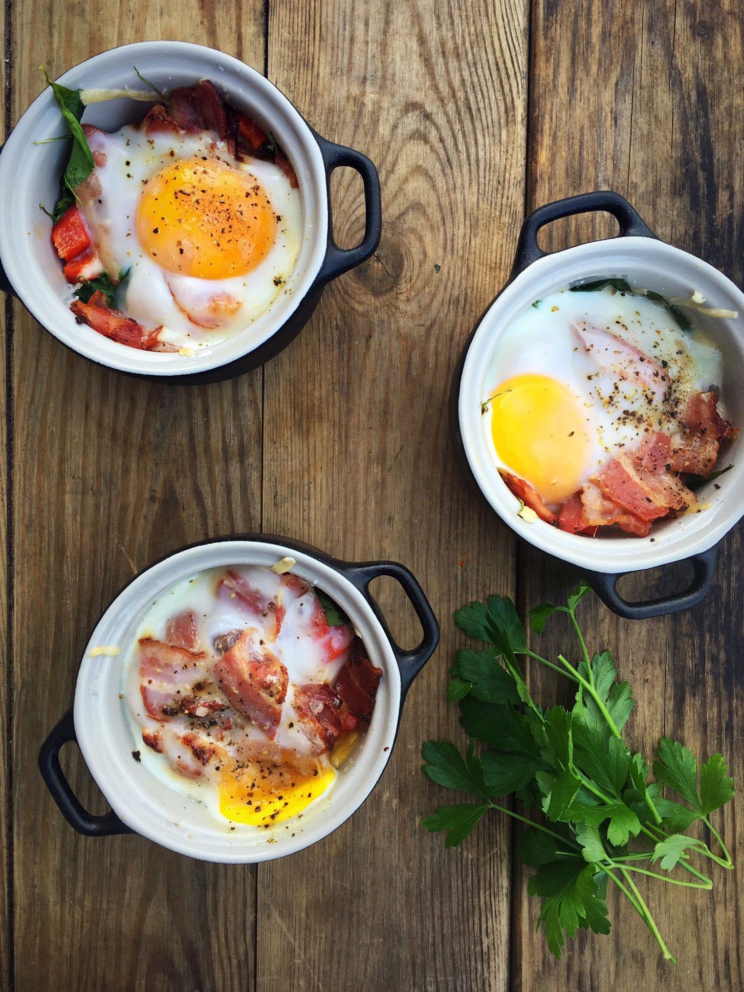 Æg i skål (oeufs en cocotte) - genial på brunchbordet - nem opskrift her: