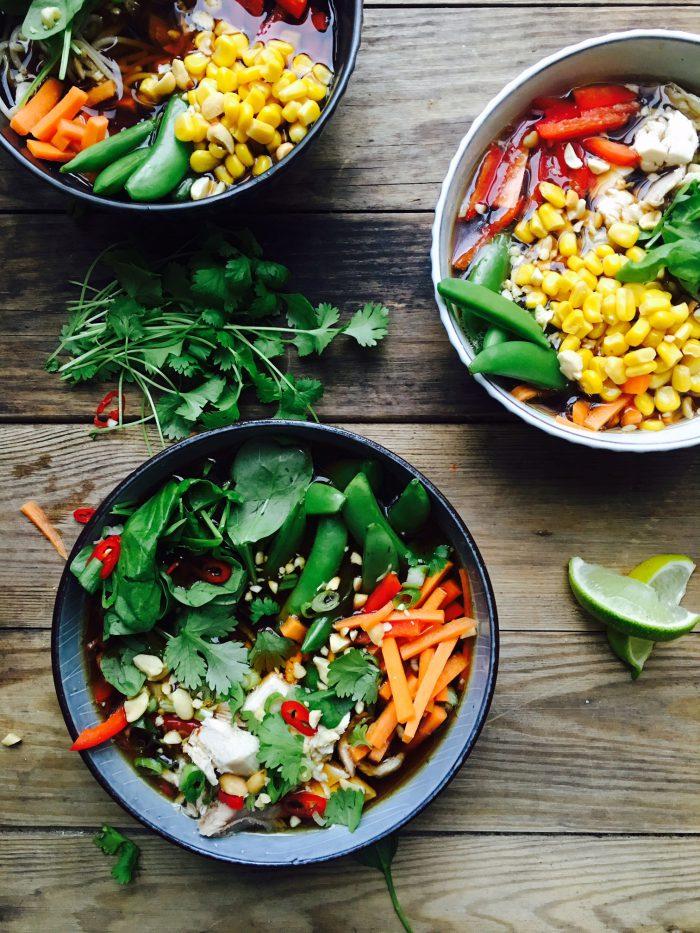 sund suppe med grøntsager