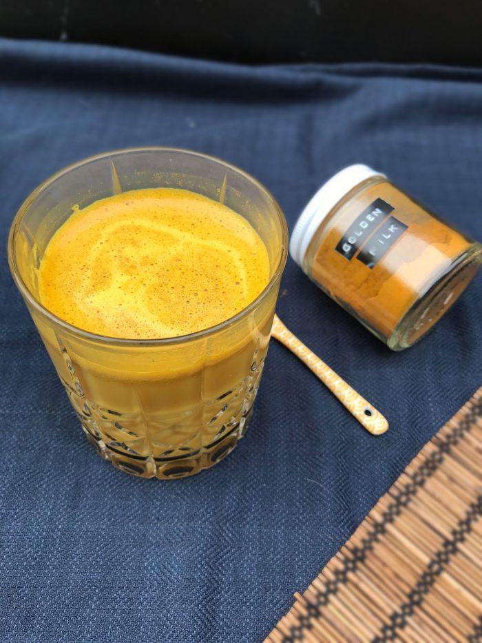 gurkemeje ingefær citron