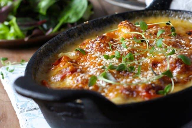 Mac'n'cheese - low carb opskrift lavet med blomkål