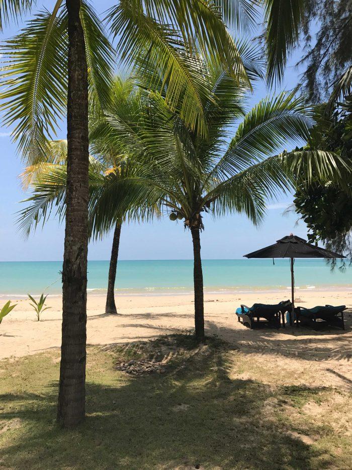 Postkort fra Khao Lak, Thailand med tip til det bedste hotel, den bedste strand og de bedste restauranter