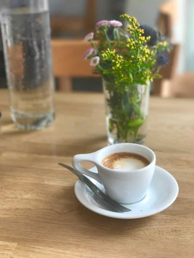 un café noisette