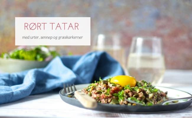 Rørt tatar - opskrift på den bedste rørte tatar, som er både lidt stærk, syrlig og lige som den skal være