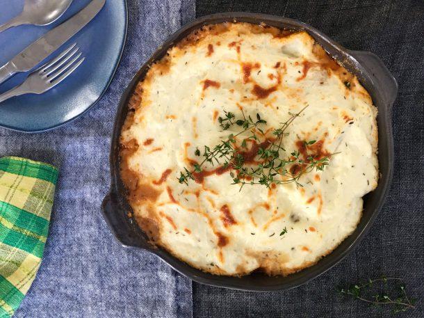 Shepherd's Pie med blomkålsmos. Low carb opskrift på den populære engelske kødtærte