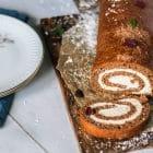 Chokoladeroulade - opskrift på den lækre chokoladeroulade uden mel og sukker. Low carb, LCHF og glutenfri
