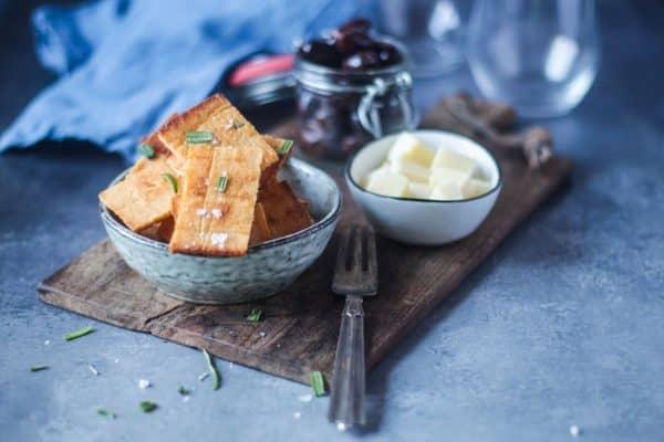 Ostekiks med rosmarin - glutenfrie og low carb