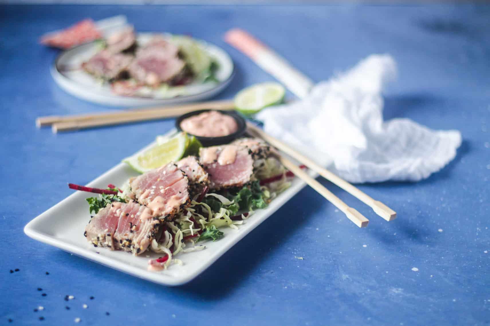 Lynstegt tun med sesam - lækker og delikat forret til gæster