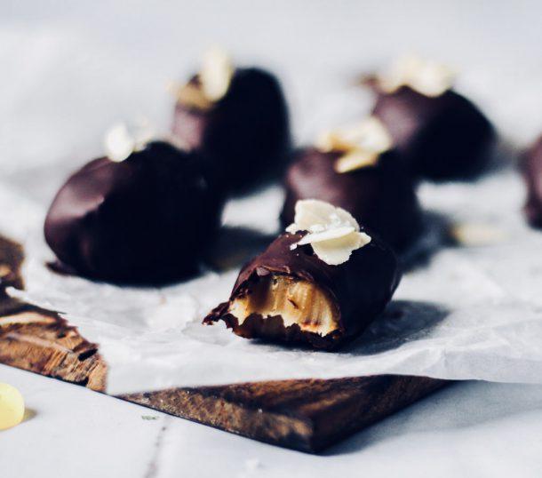 Chokoladeæg med saltkaramel uden sukker. De ultimative LCHF påskeæg