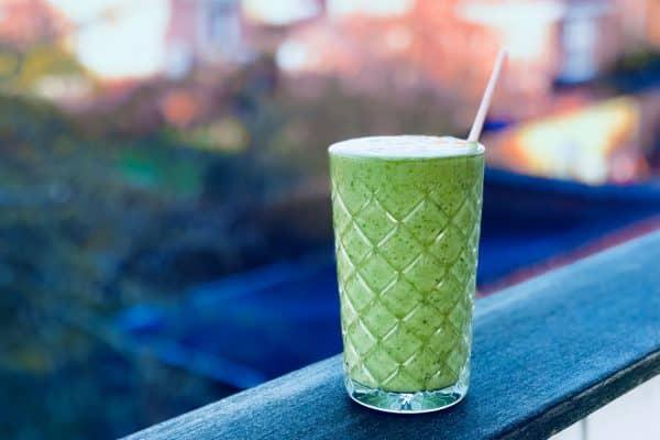 Spinat-matcha-smoothie